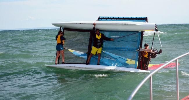Clinging to Catamaran