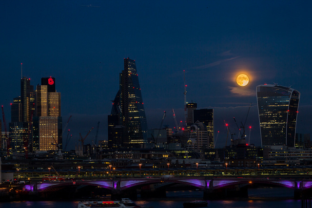London Super Moon