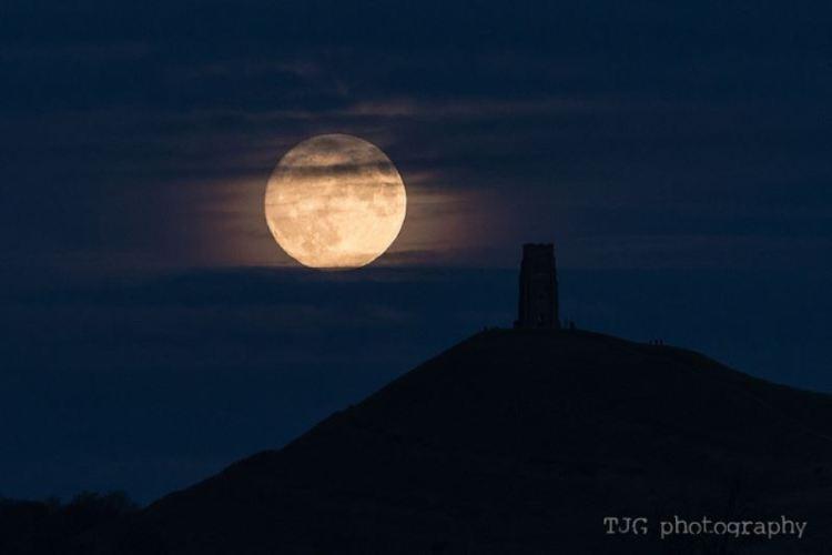 Somerset Super Moon